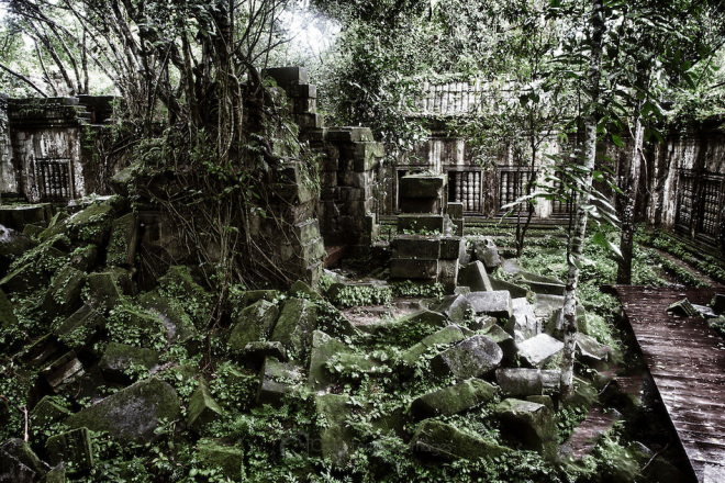 Beng-Mealea-temple-in-Cambodia