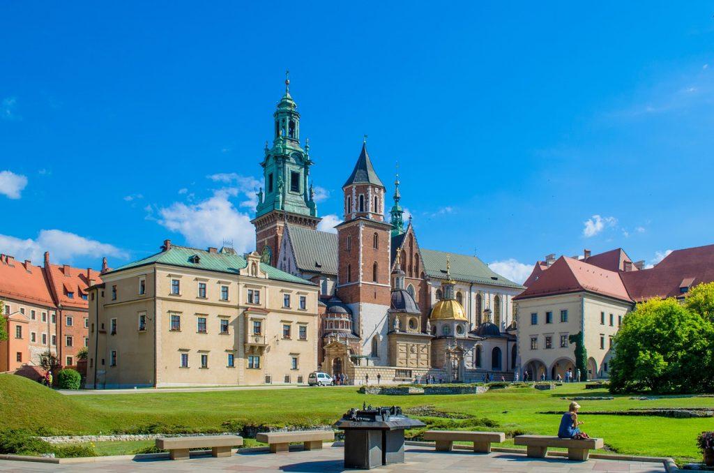 gay-travel-guide-Krakow-Castle-Fortress-Garden-Wawel-Europe-Poland